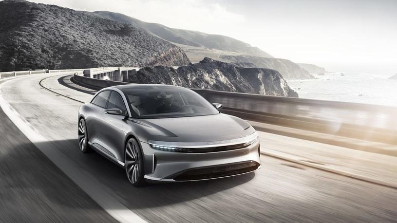 Китайский электроседан оказался дешевле аналогов от Tesla