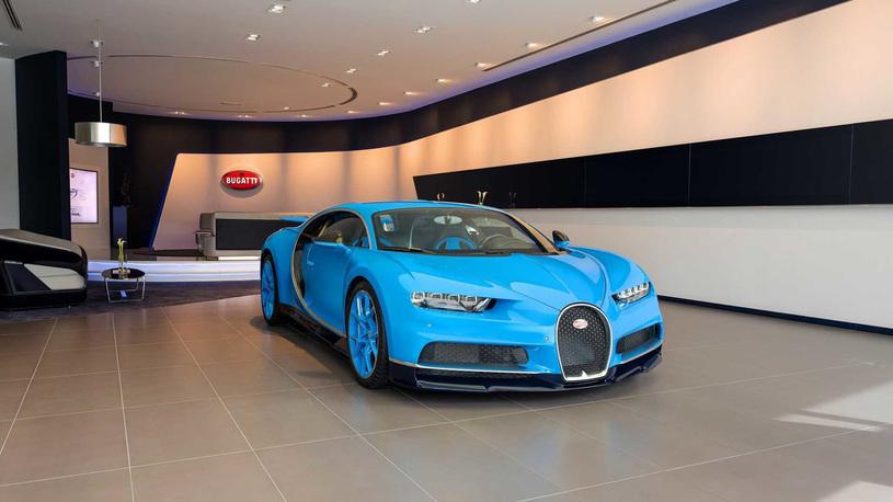 Bugatti открыла огромный шоу-рум для единственного автомобиля