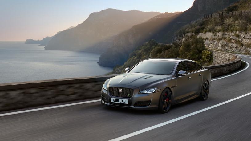 У флагманского седана Jaguar появилась