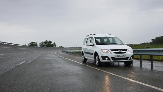 Lada Largus: первый тест-драйв самого ожидаемого автомобиля