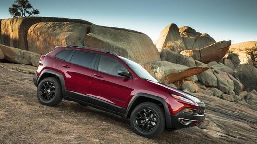 Новый Jeep Cherokee будет стоить от 1 390 000 рублей