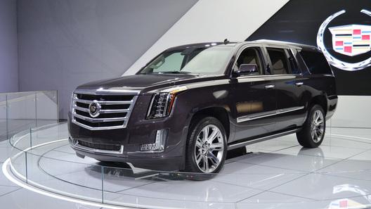 Cadillac анонсирует две московские премьеры