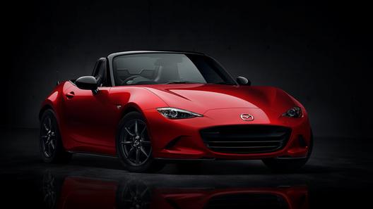 Mazda представила спорткар MX-5 нового поколения