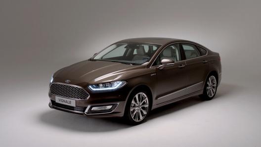 Ford окунул в роскошь семейство Mondeo