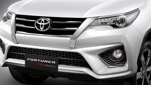 Toyota привезет в Россию рамный внедорожник