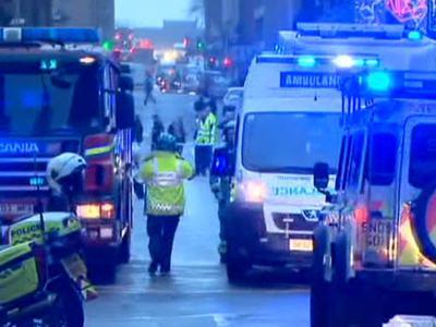 В Шотландии из затопленного автобуса вертолетом эвакуированы 10 человек