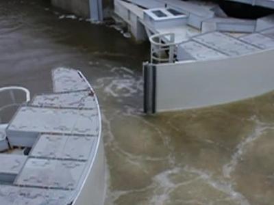 Закрытая дамба предотвратила наводнение в Петербурге