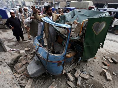 СМИ: число жертв землетрясения в Афганистане превысило 350 человек
