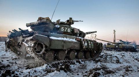 Украинская армия подтягивает к линии соприкосновения танки и артиллерию