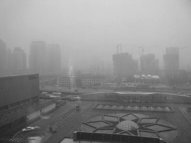 Установка может быть использована для того, чтобы забирать образцы воздуха для проведения проб атмосферного загрязнения (фото Wikimedia Commons).