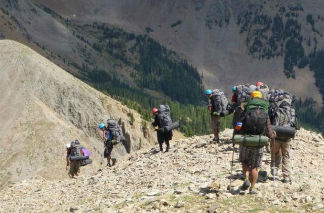 После нынешнего исследования худощавые туристы лишились повода передавать свои рюкзаки более тучным товарищам (фото M.O'Shea/KSU).