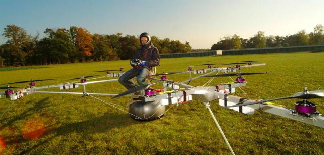 Один из ранних прототипов волокоптера, 2012 год  (фото E-volo).