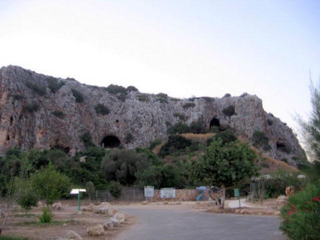 Пещера Табун является летописью 500-тысячелетнего периода ранней истории (фото Wikimedia Commons).