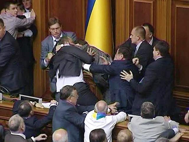 Первое невоенное поражение Порошенко
