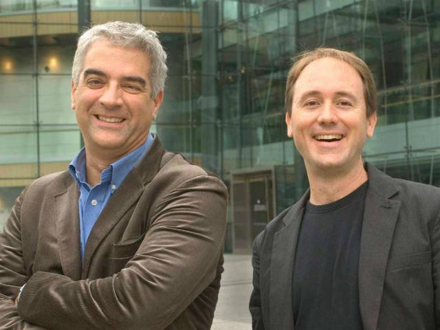 Авторы исследования – Джеймс Фулер (справа) и Николас Кристакис (фото Liza Green).