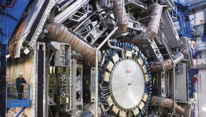 Эксперимент проводился при помощи детектора ATLAS (фото Maximilien Brice/CERN).