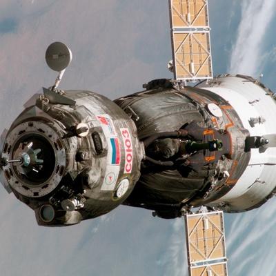Экипаж новой экспедиции несколько минут назад стартовал с космодрома Байконур на МКС