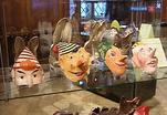 Карнавальные маски и рождественские открытки во Музее декоративно-прикладного искусства