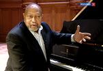 В Московской консерватории выступил легендарный джазмен Кенни Баррон
