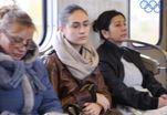 Психологи объяснили, почему люди в метро выглядят унылыми