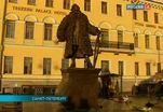В Петербурге устанавливают памятник Доменико Трезини