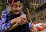 Столетняя бабушка собрала 2 тонны кукурузы