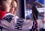 Жены хоккеистов подарили своим мужьям песню