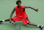 Французский теннисист взорвал трибуны танцем