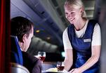 Распущенных пассажиров усмиряют как могут