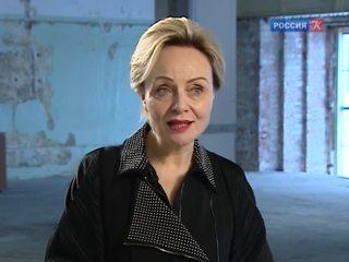 Беседа о реконструкции ГЭС-2 с директором фонда V-A-C Терезой Иароччи Мавика