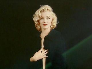 В Лос-Анджелесе выставлены на аукцион личные вещи Мэрилин Монро
