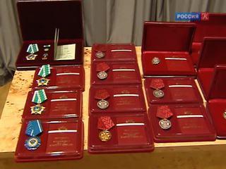 Владимир Медиинский вчера вручил ордена