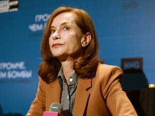Мединский вручит актрисе Изабель Юппер спецприз на кинофестивале в Петербурге