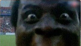 Африканский футболист напугал весь мир