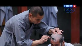 Известный журналист побрил голову и ушел в монахи