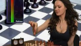 Шахматисткам запретили глубокие декольте